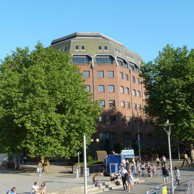 Broad Quay House